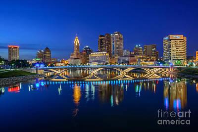 Fx2l530 Columbus Ohio Night Skyline Photo Poster