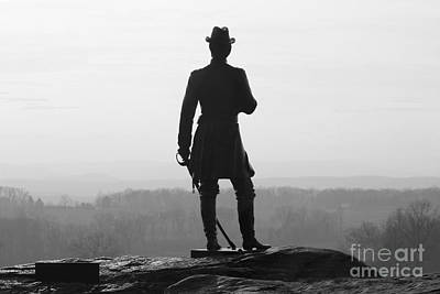 General Warren Overlooking Gettysburg Battlefield  1295 Poster