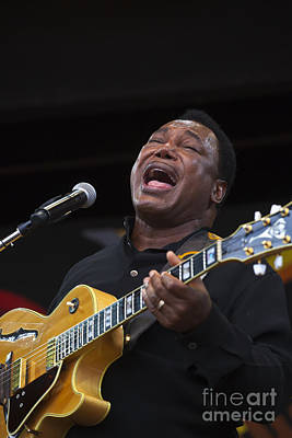 George Benson Sings Poster by Craig Lovell