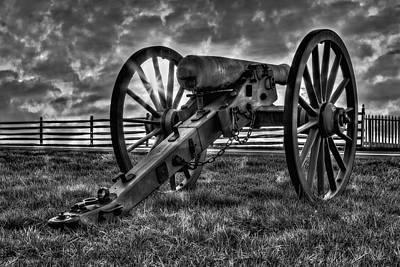Gettysburg Battlefield Cannon Bw Poster by Susan Candelario