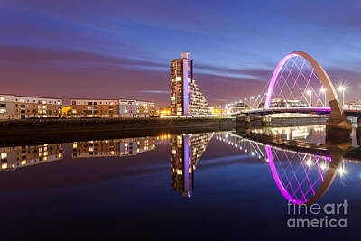 Glasgow River At Night Poster by John Farnan