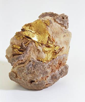 Gold Embedded In Quartz Groundmass Poster by Dorling Kindersley/uig