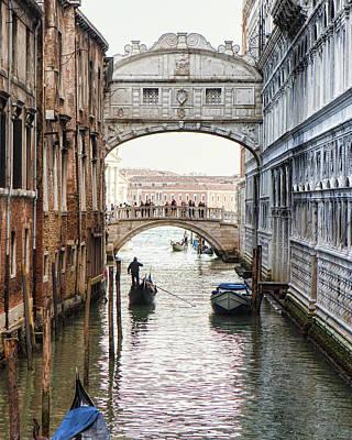 Gondolas Under Bridge Of Sighs Poster by Susan Schmitz