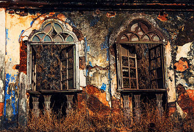 Gothic Windows. Old Portuguese House. Goa. India Poster