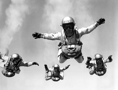 Group Of Army Parachuters Poster