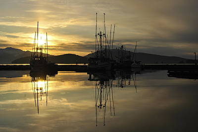 Poster featuring the photograph Harbor Sunset by Cathy Mahnke