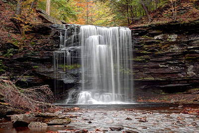 Harrison Wright Falls As Autumn Arrives Poster by Gene Walls