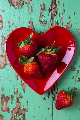 Heart Plate With Strawberries Poster by Garry Gay