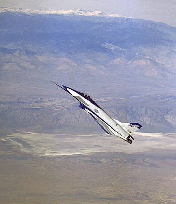 Herbst Manoeuvre By X-31 Aircraft Poster
