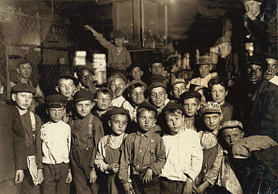Hine Newsboys, 1908 Poster by Granger