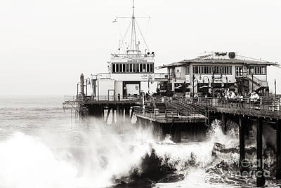 Hitting The Santa Monica Pier Poster by John Rizzuto