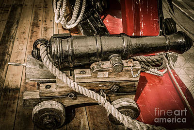 Hms Bounty Gibson Cannon II Poster
