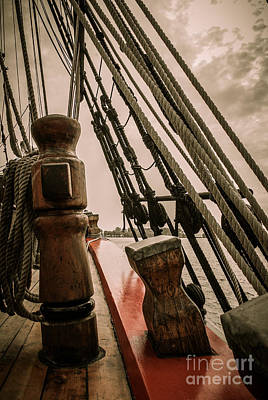 Hms Bounty Starboard To Bow I Poster