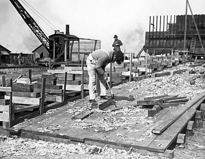 Hog Island Shipbuilding Yard Poster by Underwood Archives