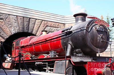Hogwarts Express In Color 1 Poster by Shelley Overton
