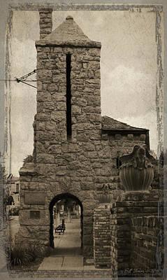 Hollywoodland Gate Poster by Bill Jonas