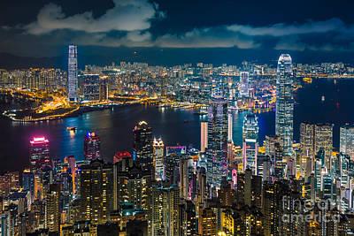 Hong Kong 10 Poster by Tom Uhlenberg