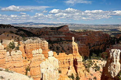 Hoodoos In The Sunlight In Bryce Canyon Np Poster