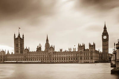 Houses Of Parliament And Elizabeth Tower In London Poster by Semmick Photo