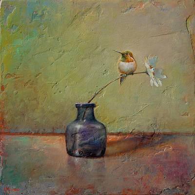 Hummingbird And White Daisy Poster