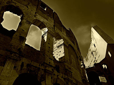 Poster featuring the photograph Il Colosseo by Micki Findlay
