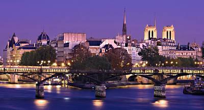 Poster featuring the photograph Ile De La Cite And Pont Des Arts / Paris by Barry O Carroll