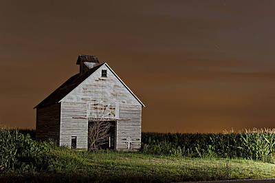 Illinois Corn Crib Poster by Tom Phelan