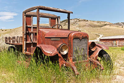 Poster featuring the photograph International Truck by Sue Smith
