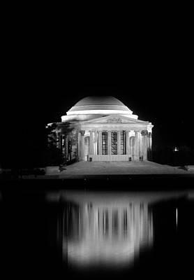 Jefferson Memorial At Night In Black And White Poster