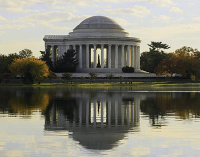 Jefferson Memorial In Autumn Poster
