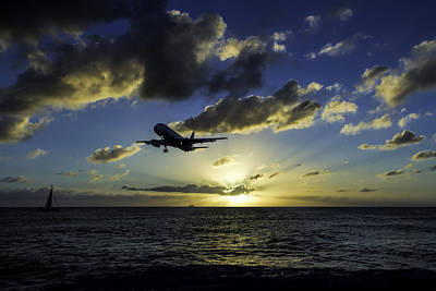 jetBlue landing at St. Maarten Poster by David Gleeson