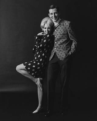 Joey Heatherton Posing With A Male Model Poster by Leonard Nones