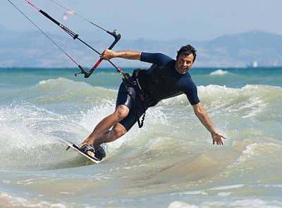 Kite Surfing In Front Of Hotel Dos Poster