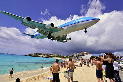 Klm Landing At St Maarten 2  Poster by Matt Swinden