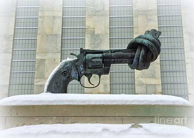 Knotted Gun Sculpture At The United Nations Poster