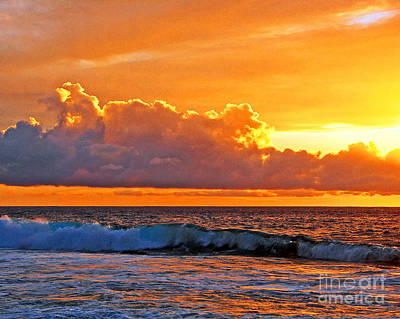 Poster featuring the photograph Kona Golden Sunset by David Lawson
