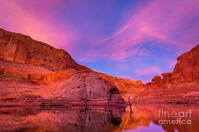Lake Powell Dawn Poster