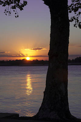 Poster featuring the photograph Leake Avenue Mississippi River Sunset by Ray Devlin