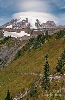 Lenticular Cloud Atop Mt Rainier Poster