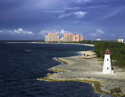 Lighthouse On Colonial Beach With Atlantis Paradise Resort Bahamas Poster