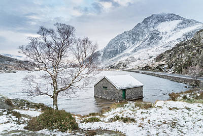 Llyn Ogwen - A Winter's Day Poster by Christine Smart