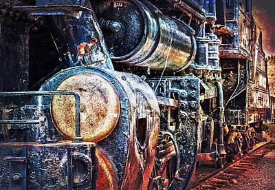 Locomotive Poster by Gunter Nezhoda