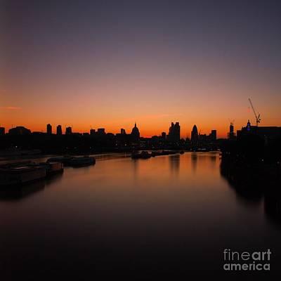 London Sunrise 2 Poster