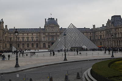 Louvre - Paris France - 01136 Poster by DC Photographer