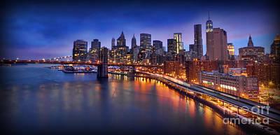Manhattan At Dawn - Brooklyn Bridge Poster by Lee Dos Santos