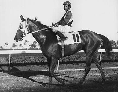 Maribeau Horse Racing Vintage Poster