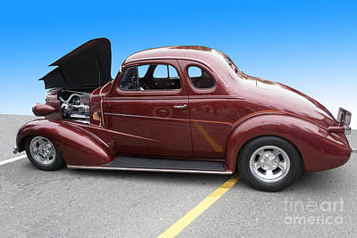 Maroon Coupe Poster