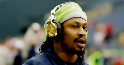 Marshawn Lynch Golden Beats Poster by Brian Reaves