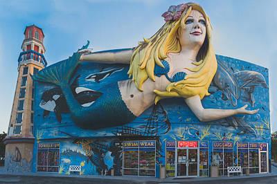 Mermaid Poster by Matt Owen