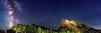 Milky Way Over Mount Rushmore Poster